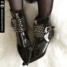 Goth-Pikes.com    Goth Pikes Heels Studs Winklepickers boots Gothic Batcave WGT Siouxsie 80s