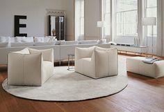 Poltrona Le Bambole -B&B Italia - Design of Mario Bellini Best Interior, Interior And Exterior, Italia Design, Interior Decorating, Interior Design, Decorating Ideas, Living Room Inspiration, Elle Decor, B & B