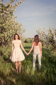 Pink Petals/ Virágszirmok http://harufoto.hu/  Clothes, jewellery and style: Rose Workshop  Ruha ékszer és stílus: Rózsa Műhely