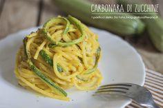 La Carbonara di zucchine è una ricetta gustosa ed un'originale variante. Perfetta per ospiti vegetariani e molto apprezzata anche dai bambini.