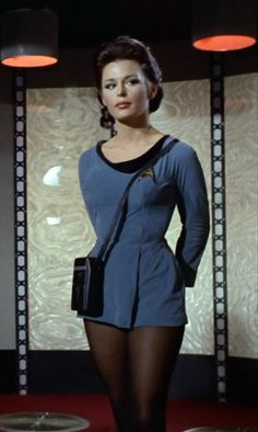 "Helen Noel (Marianna Hill) from the Star Trek (TOS) episode ""Dagger of the Mind"". Star Trek Cosplay, Star Trek Enterprise, Star Trek Starships, Star Trek Tv, Star Wars, Marianna Hill, Divas, Star Trek Characters, Star Trek Actors"