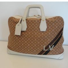 1c0328113a57f Louis Vuitton Bags Outlet Louis Vuitton Luggage, Louis Vuitton Handbags, Louis  Vuitton Damier,