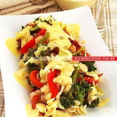 Receita de Salada de macarrão com molho de queijo