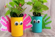 DIY Tin Can Crafts, Projects and Ideas for Upcycling - Fabulessly Frugal Toddler Crafts, Diy Crafts For Kids, Projects For Kids, Home Crafts, Craft Projects, Craft Ideas, Toddler Fun, Preschool Activities, Recycled Tin Cans