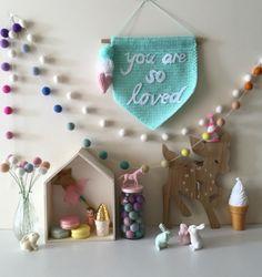 Ideas para decorar los cuartos infantiles con guirnaldas
