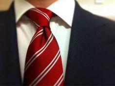 Kent Wang tie knot.