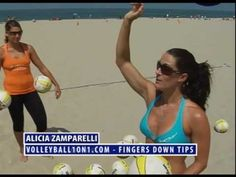 ▶ Misty May Spiking and Hitting Technique - Attacco: sempre 5 dita verso il basso Volleyball Gifs, Volleyball Practice, Volleyball Workouts, Coaching Volleyball, Beach Volleyball, Instructional Coaching, Tips, Sports, Youtube