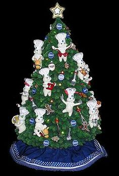 Danbury Mint Pillsbury Doughboy Collectibles Lighted Christmas Tree