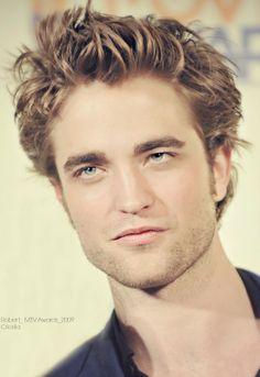 §§º§§ Robert Pattinson Robert Pattinson News, Edward Cullen Robert Pattinson, Robert Pattinson Twilight, Robert Douglas, I Robert, Twilight Edward, Twilight Saga, Hot Actors, Actors & Actresses