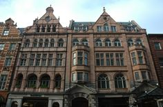 "former Bechstein Hall, now Wigmore Hall (Thomas Edward Collcutt, completed Wigmore Street Marylebone, London; seized as ""enemy property"" during World War I, and subsequently sold at a knockdwn price at auction. Home And Family, Family Homes, Beautiful London, Victorian London, Edwardian Era, Concert Hall, World War I, Castle, Louvre"