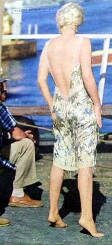 Marilyn on the set of Some Like It Hot Rare Marilyn Monroe, Marilyn Monroe Photos, Some Like It Hot, Norma Jeane, The Most Beautiful Girl, On Set, Actresses, Clips, Movies