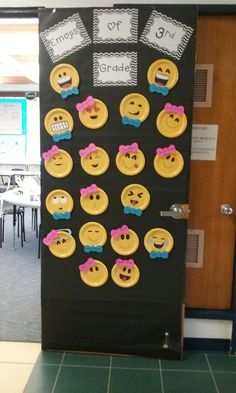 Emojis of 3rd grade ☺ yellow paper plates from dollar general and construction paper for faces