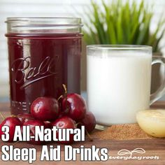 ❤ We just discovered a brilliant tutorial for three sleep aid drinks made from wonderful and all natural ingredients which are known for their sleep-inducing properties ❤