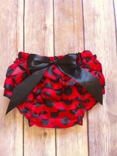 Hey, I found this really awesome Etsy listing at http://www.etsy.com/listing/163237541/bloomers-in-red-and-black-polka-dot