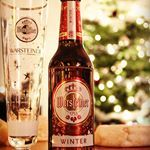 Warming myself near the Christmas tree with a Warsteiner Winter and some reblochon Perfect pairing  warsteiner warsteinerwinter warsteinernl munchen dunkel warstein brouwerij brauerei germany duitsland sauerland instacraftbeer ongewoonlekker cheese cheesepairing beerpairing reblochon