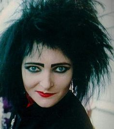 Siouxsie smiling