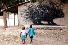 by ROA street art gambia Street Art Utopia, Street Art Graffiti, Banksy, 3d Art Painting, Edgar Mueller, Stencil Graffiti, Monochrome, African Art Paintings, Cities