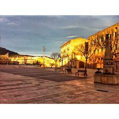 by @montblancmedieval #montblancmedieval #Tarragona #Montblanc #Catalunya #Cataluña #Catalonia #Catalogne #turisme #tourisme #turismo #tourism #trip #travel #viatjar #viatge #viajar #viaje #urban #urbano #urbà #arquitectura #architecture #street_photography #citycenter #RTW #TravelAddict #vacances #vacaciones #holidays #slowlife #plaza #Plaça