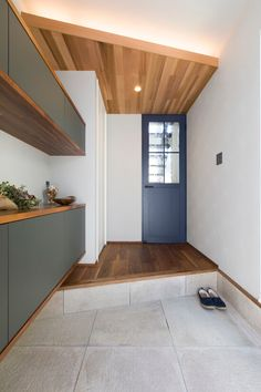 Decor - Just another WordPress site Natural Interior, Wood Wallpaper, Wood Ceilings, House Entrance, My Dream Home, My House, Kitchen Design, Interior Design, Room