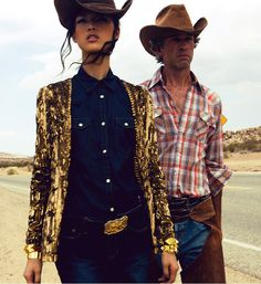 Tian Yi Goes Coast to Coast for the Anniversary Issue of Harper's Bazaar China Cowboy Chic, Cowgirl Style, Western Cowboy, Editorial Fashion, Fashion Trends, Women's Fashion, Le Far West, Cowgirls, Boho Gypsy