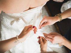 """Gefällt 34 Mal, 1 Kommentare - das Bild Von Linda (@lindalindblom) auf Instagram: """"#bride #dressforthemoment #dress #whitewedding #letsgo #love #romantic #olympuskameras…"""""""