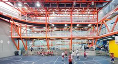 interior of vertical gym in caracas, venezuela– photo by iwan baan courtesy of urban-think tank Vertical Gym, Gym Architecture, Gym Facilities, Outdoor Gym, Sports Complex, Gym Design, Learning Spaces, Slums, Skate Park
