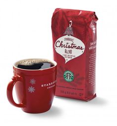 Christmas for me usually is incomplete without Starbucks: the Gingerbread Latte, the Christmas coffee roast and the festive coffee mugs.