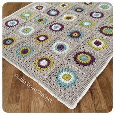 Sunburst crochet blanket by Little Dove Crochet