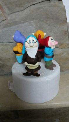 Seven Dwarfs cake topper