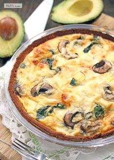 Quiche with spinach and mushrooms. - Quiche with spinach and mushrooms. Gluten-free vegetarian recipe - Spinach and mushroom quiche. Gluten Free Vegetarian Recipes, Veggie Recipes, Vegan Vegetarian, Dinner Recipes, Healthy Recipes, Quiches, Spinach Stuffed Mushrooms, Cheap Meals, Cheap Recipes