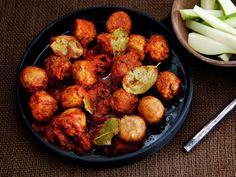 Medister albondigas Kung Pao Chicken, Tandoori Chicken, Tasty, Meat, Baking, Ethnic Recipes, Food, Patisserie, Bread