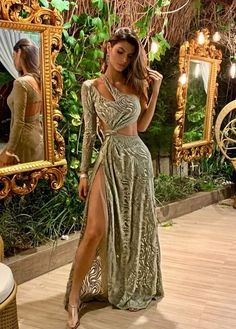 Glam Dresses, Event Dresses, Pretty Dresses, Beautiful Dresses, Fashion Dresses, Victoria Secret Outfits, Ball Gowns Evening, Prom Outfits, Sequin Party Dress