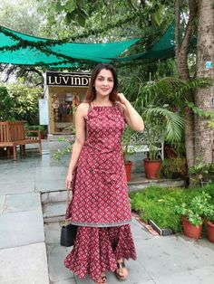 Casual Indian Fashion, Indian Fashion Dresses, Indian Designer Outfits, Girls Fashion Clothes, Sharara Designs, Kurta Designs Women, Kurti Designs Party Wear, Simple Kurti Designs, Stylish Dress Designs