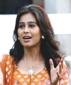 Mrunal Dusanis Photos - Mrunal Dusanis in Salwar India People, Bollywood, Actresses, Hot, Female Actresses