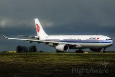 Air China A333 (B-5901)