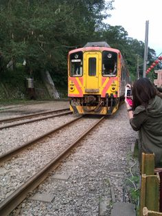 Yeah! Whee, fun is the word & train is the name of the game. :P Come on ride the train, the Choo Choo Train. Missing EunJiMin. :( This so reminds me off Eunjung, Jiyeon & Hyomin in Choo Choo Train. :p