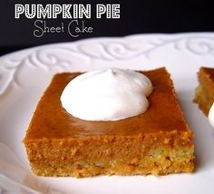 Pumpkin pie sheet cake - crust is made with yellow cake. Great for fall bake sale and I love pumpkin pie! Pass the Cool Whip, Please! Pumpkin Recipes, Fall Recipes, Holiday Recipes, Cooking Pumpkin, Holiday Desserts, Yummy Recipes, Recipies, Köstliche Desserts, Delicious Desserts