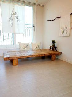 풀꽃방석,쿳션자수패키지 : 네이버 블로그 Kids Comforters, Custom Sofa, Linen Bedding, Bed Linen, Cozy Corner, Cushions, Pillows, Dining Room Design, Fabric Painting