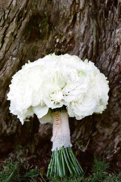 Pure White Bouquet   See the Wedding on #SMP: http://www.stylemepretty.com/2013/10/08/ojai-wedding-from-yvette-roman-photography-and-sterling-social/    Yvette Roman Photography