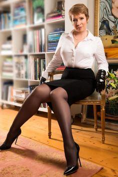 nylon-fetish-with-mature-women-black-nude-big-booty-women