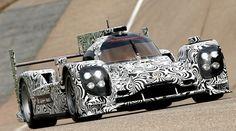 Conformado el equipo de Porsche para el Mundial de Resistencia 2014. Porsche ya tiene conformado su equipo para el Mundial de Resistencia 2014. Alexander Hitzinger es el director técnico del proyecto y Andreas Seidl, el director de Operaciones de Carrera. Los pilotos confirmados son Timo Bernhard, Romain Dumas, N