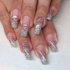 Instagram photo by @mariasnailss (Sweden)   Iconosquare #beautifulnails #mariasnailss #pinkglitternails #silverglitternails