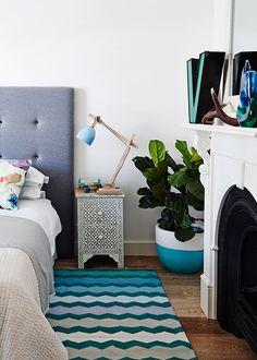 Dicas para repaginar a decoração do quarto. Veja: http://www.casadevalentina.com.br/blog/detalhes/dicas-para-repaginar-a-decoracao-do-quarto-3122 #decor #decoracao #interior #design #casa #home #house #idea #ideia #detalhes #details #style #estilo #casadevalentina #bedroom #quarto