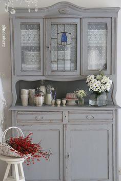 #Kitchendresser #cupboard #Buffet http://www.suendenherz.de/