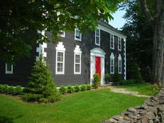 Renovated historic 1784 Georgian Colonial home featured in Maine Home