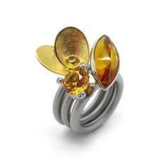 www.ORRO.co.uk - Swivel Rings by PUR - Yellow Gold & Gold Sapphire Goldflower  Ring Set...
