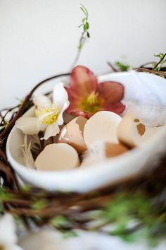 STILCAFE | HAPPY EASTER. Happy Easter, Panna Cotta, Ethnic Recipes, Food, Happy Easter Day, Essen, Yemek, Meals