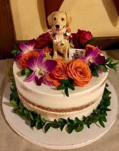 ***My sculptures are character representations with cartoon like elements and not exact portraits of your pet***  My customers are passionate about their pets and want them to be a part of their special day. A custom cake topper in a place of honor at your reception shows friends and family how much your pet means to you. Your topper can be displayed on the wedding cake, the groom's cake or on the cake table. You can incorporate elements that reflect your work or hobbies like sports items…
