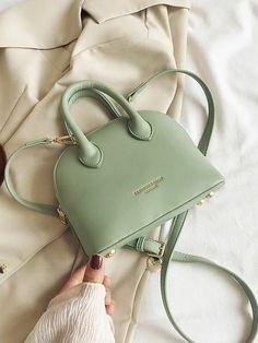 Fashion Handbags, Purses And Handbags, Fashion Bags, Latest Handbags, Cute Handbags, Trendy Purses, Cute Purses, Luxury Purses, Luxury Bags