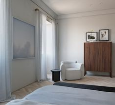 Responding to international border closures, Daniel Boddam embraces the opportunity to design an entirely imagined project, the Paris Apartment. Applying his known reductionist approach, the project becomes a showcase of his latest designed furniture pieces as he uses this unique time as a gift. #dreamhouse #housegoals #buildingdesign #homedesign #minimalistdesign